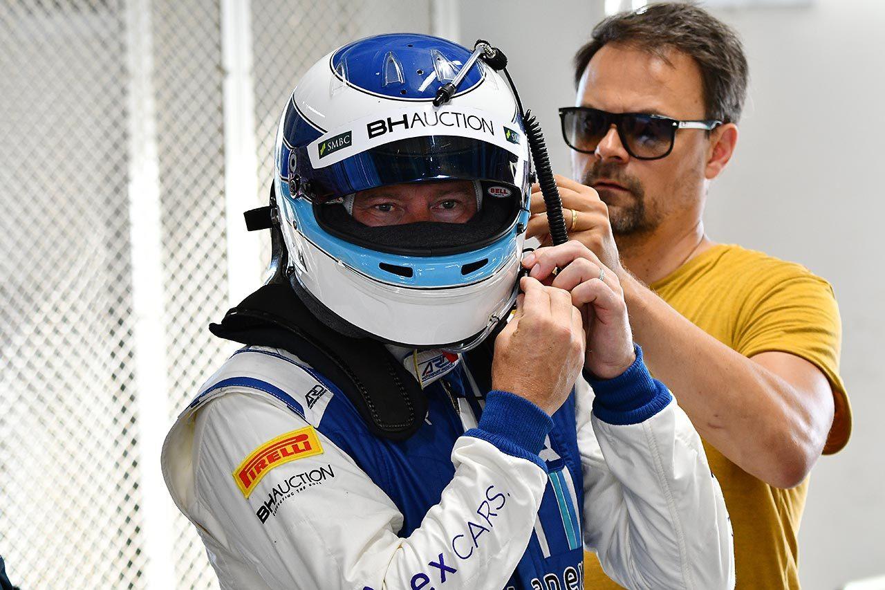 鈴鹿に二度のF1王者ミカ・ハッキネン見参! マクラーレン720S GT3でテストを行う