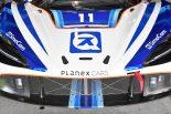 Planex SmaCam Racingのマクラーレン720S GT3。ハッキネンのヘルメットカラーを思わせるカラーとスマカメのブルー、マクラーレンのオレンジが入る。