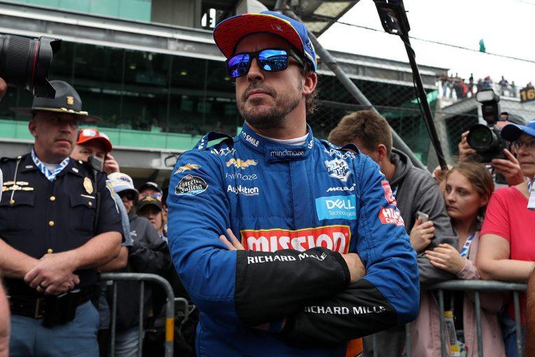海外レース他 | インディカー参戦のマクラーレン。ドライバーはヒンチクリフが最有力も「アロンソの扉は常に開いている」とブラウン