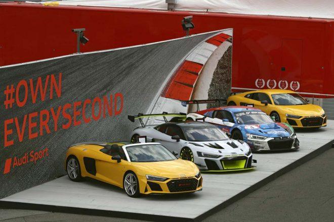 中央に並んだアウディR8 LMS GT2とGT3カーのR8 LMS
