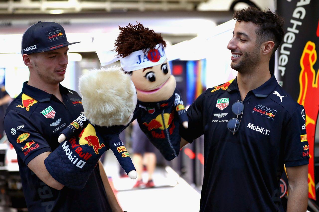 2018年F1日本GPでのダニエル・リカルドとマックス・フェルスタッペン(レッドブル)