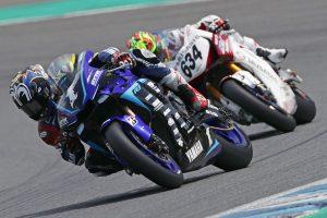 MotoGP | 水野涼、あと一歩届かず。中須賀がマッチレース制し3勝目上げる/全日本ロード第5戦決勝