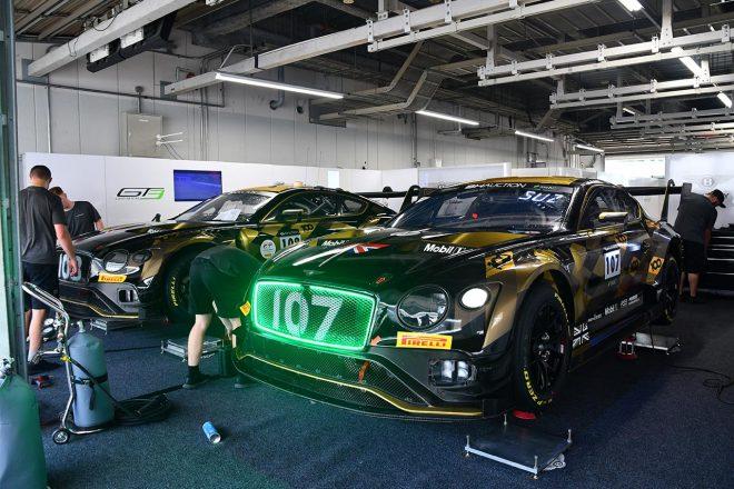 ベントレー・チームMスポーツのベントレー・コンチネンタルGT3はスパ24時間にも登場した100周年記念カラーで鈴鹿に登場した。