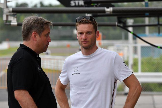 メルセデスAMG・チーム・グループMレーシングのメルセデスAMG GT3をドライブするマーロ・エンゲル