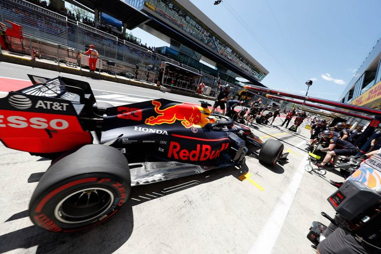 F1 | ライバル2強に挑むレッドブル・ホンダ。勝負のカギはパワーが重要なセクター2攻略。雨がらみになれば番狂わせも【今宮純のF1日本GP鈴鹿プレビュー】