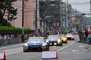スーパーGT | 公道をGT3カーが走った! 『鈴鹿モータースポーツフェスティバル』パレードは成功裏に終わる