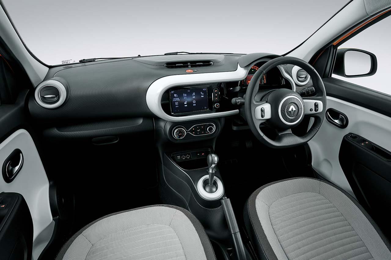 ルノー発RRコンパクト『トゥインゴ』がマイナーチェンジ。最新のパリに合わせた新デザインに