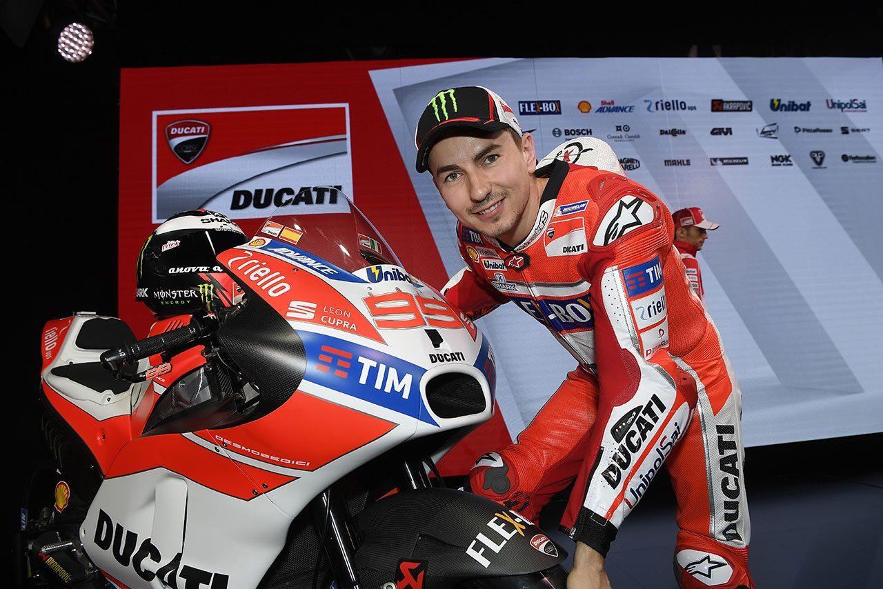 【MotoGPコラム】再び証明されたドゥカティのライダー対する扱いの酷さ