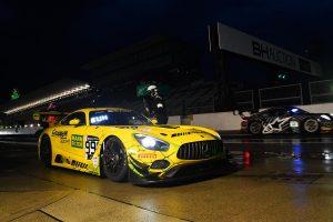 スーパーGT | 鈴鹿10時間:「見えない」雨のナイトプラクティスはまたも999号車メルセデスAMGが首位