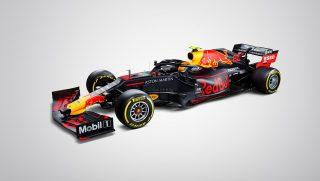 F1 | 【ギャラリー】アルボンのレッドブルRB15・ホンダの画像が初公開。ガスリー、笑顔でトロロッソのシート合わせ