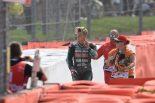 MotoGP:クアルタラロが語る1周目1コーナーのハードクラッシュ。リンスを避けるために「スロットルを閉じた」