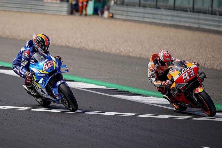 MotoGP | MotoGP:超接戦の優勝争いを展開したリンスとマルケス、それぞれを襲っていた『想定外』
