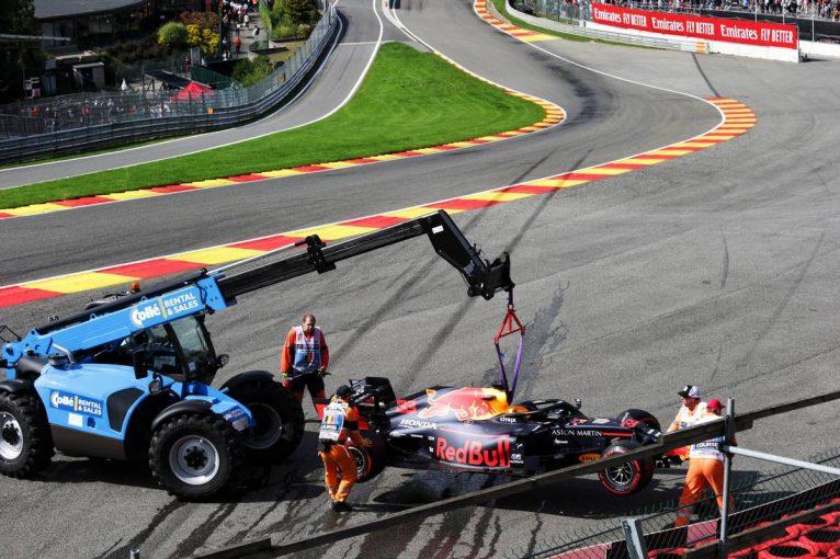 F1   【動画】フェルスタッペンが1周目にクラッシュ/F1第13戦ベルギーGP決勝ハイライト
