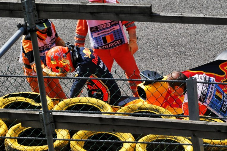 F1 | レッドブル・ホンダF1のフェルスタッペン、連続入賞が21戦で途切れる「ライコネンとの接触は、わざとじゃないし仕方ない」