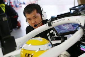 スーパーフォーミュラ | 「クルマに関する全責任を負う」。ドライバーと二人三脚でマシンを作るレースエンジニア【サーキットのお仕事紹介】