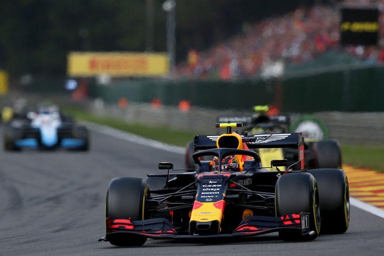 F1 | レッドブル代表インタビュー:アルボンはPU性能に頼らず5位入賞。「実はふたりとも、ホンダのスペック2で戦っていた」/F1ベルギーGP