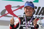ドリフトチーム「Team TOYO TIRES DRIFT」所属の当社契約ドライバー川畑真人選手。「FLEX SHOW AIKAWA Racing with TOYO TIRES」から、今回オフロードレースに初挑戦し、T1Gガソリンクラス2位を獲得した。