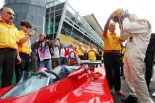 1979年にフェラーリでF1ワールドチャンピオンに輝いたジョディー・シェクターがフェラーリ312T4をドライブ