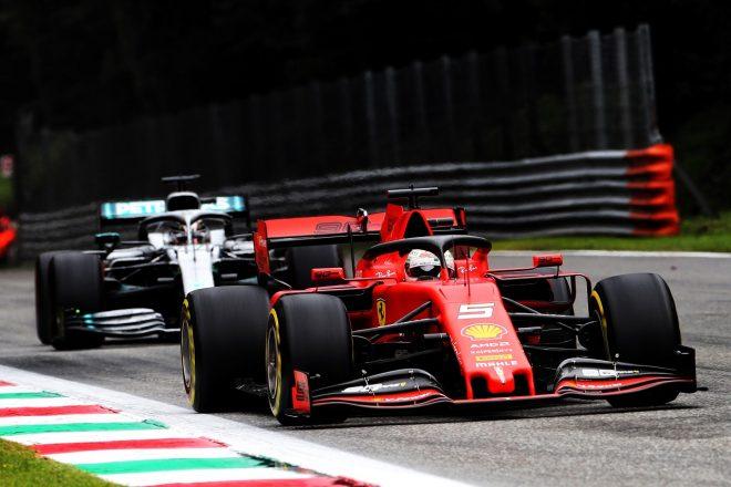 2019年F1第14戦イタリアGP金曜 セバスチャン・ベッテル(フェラーリ)とルイス・ハミルトン(メルセデス)