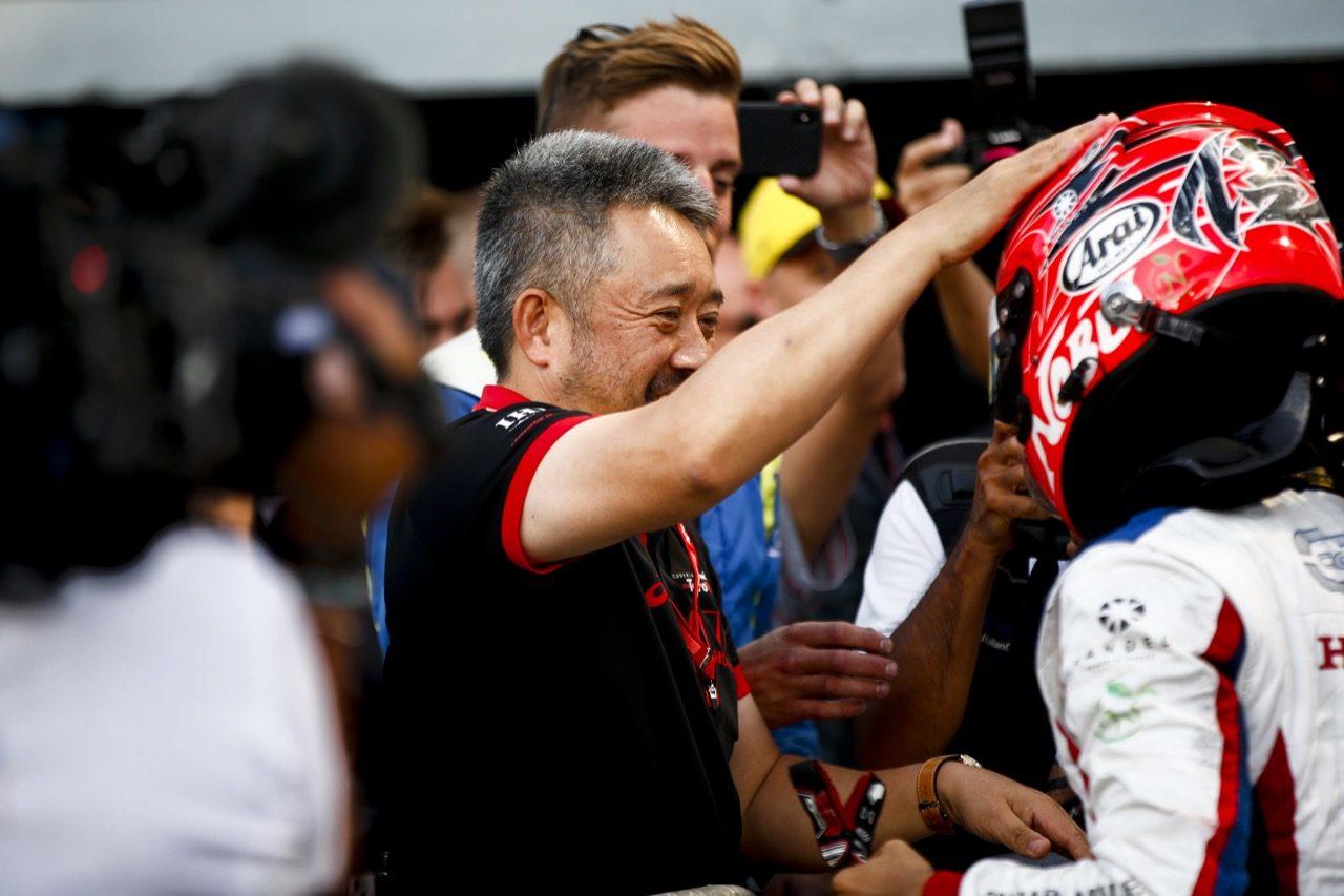 松下信治がユベールに捧げるシーズン2勝目でランキング6位浮上/【順位結果】FIA-F2第10戦イタリア レース1
