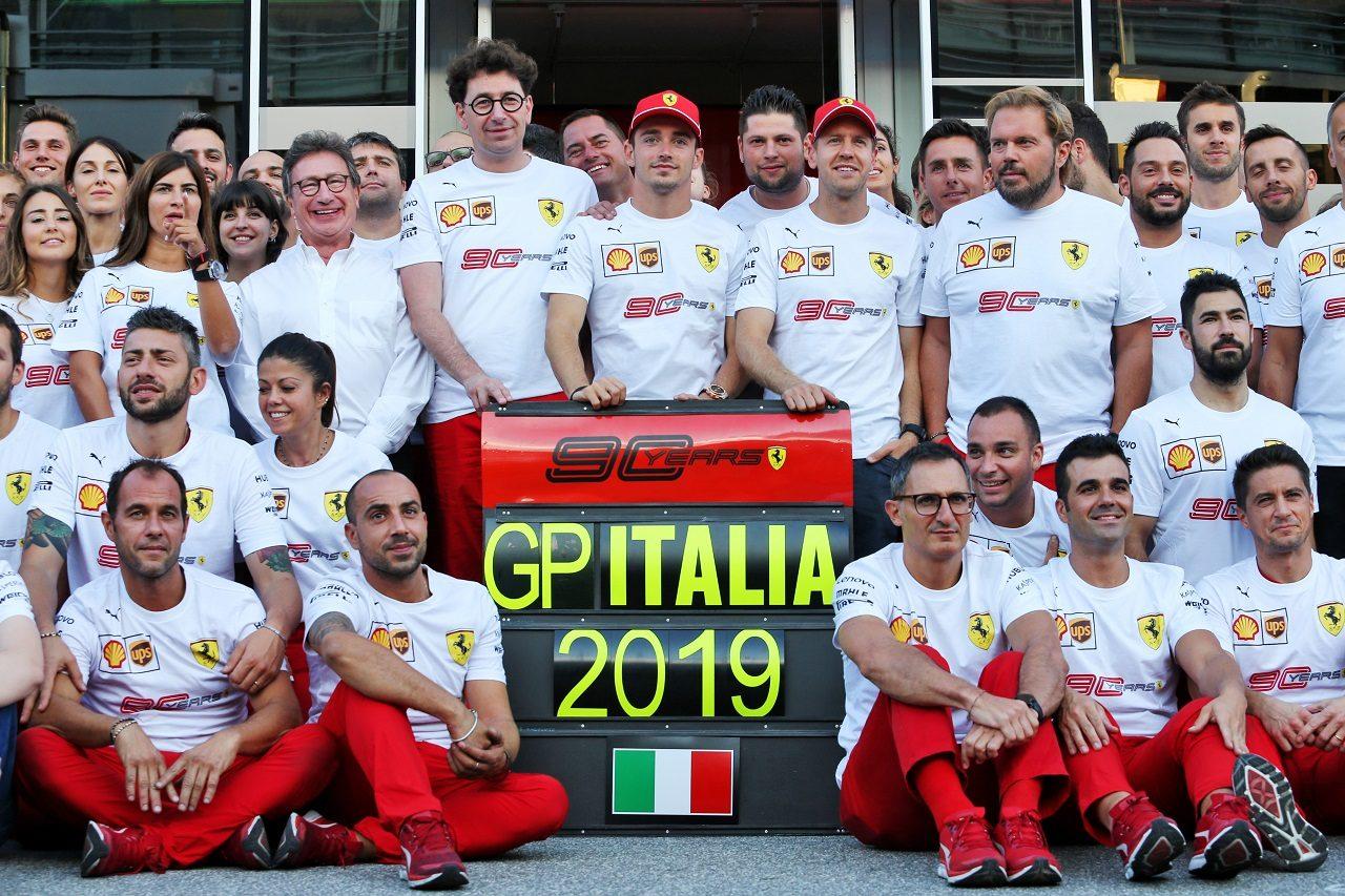 2019年F1第14戦イタリアGP フェラーリ90周年の記念撮影