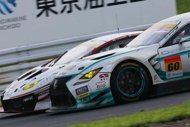 SYNTIUM LMcorsa RC F GT3がマネパ ランボルギーニ GT3を抜きトップに立つ瞬間