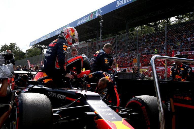 F1 | レッドブル・ホンダF1のフェルスタッペン、最後尾から8位獲得「ペースは上位勢と同レベル。接触がなければ彼らと戦えた」