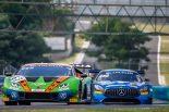 GRTグラッサー・レーシング・チームの63号車ランボルギーニ・ウラカンGT3 Evoと、ブラックファルコンの4号車メルセデスAMG GT3