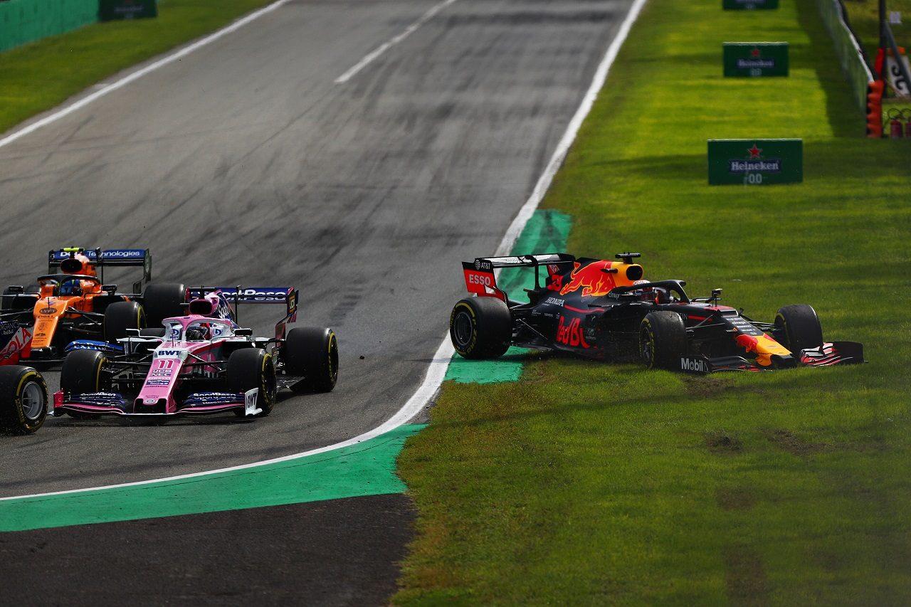 2019年F1第14戦イタリアGP決勝 マックス・フェルスタッペン(レッドブル・ホンダ)がコースオフ