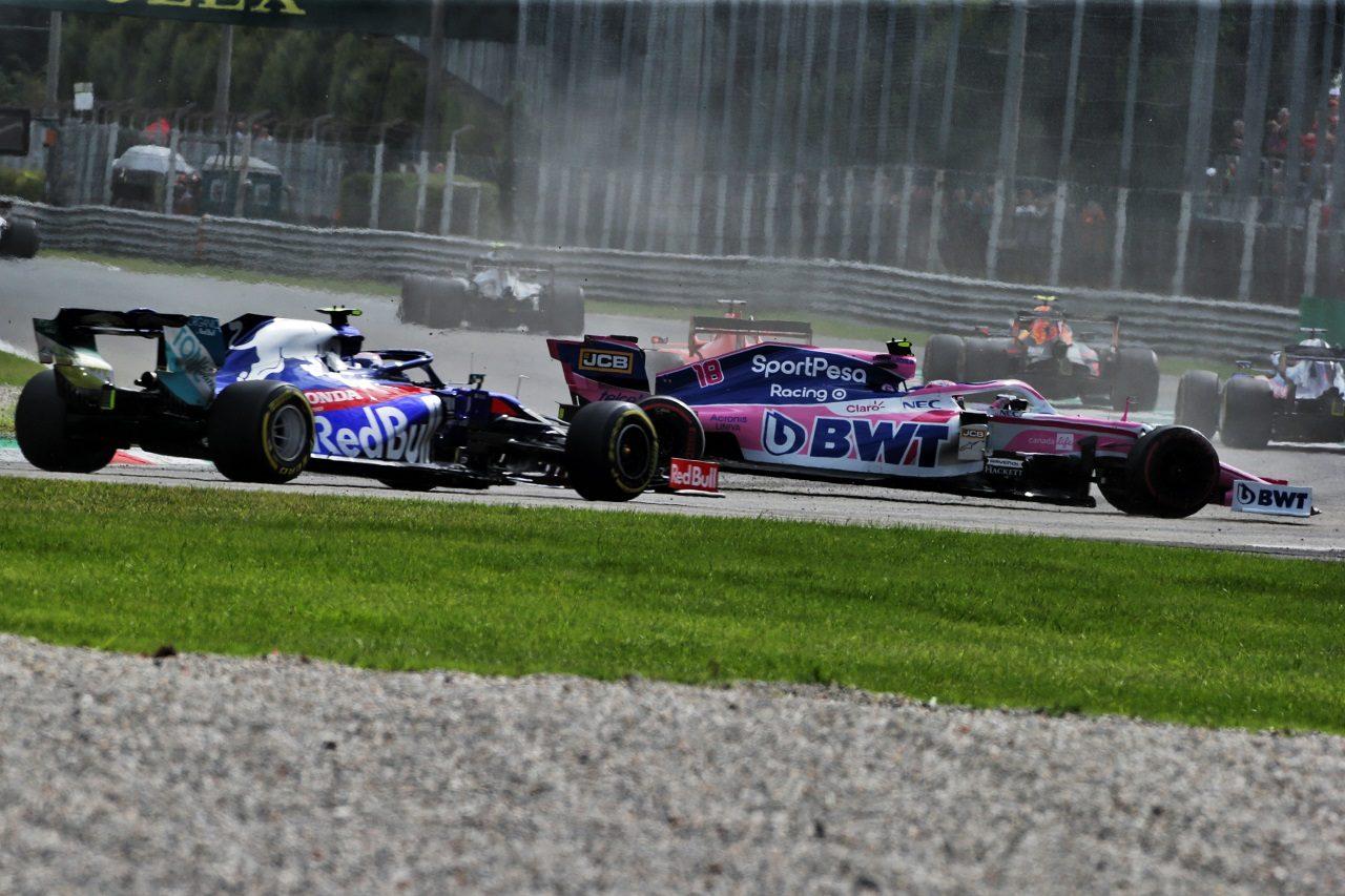 2019年F1第14戦イタリアGP日曜 ピエール・ガスリー(トロロッソ・ホンダ)とランス・ストロール(レーシングポイント)のニアミス