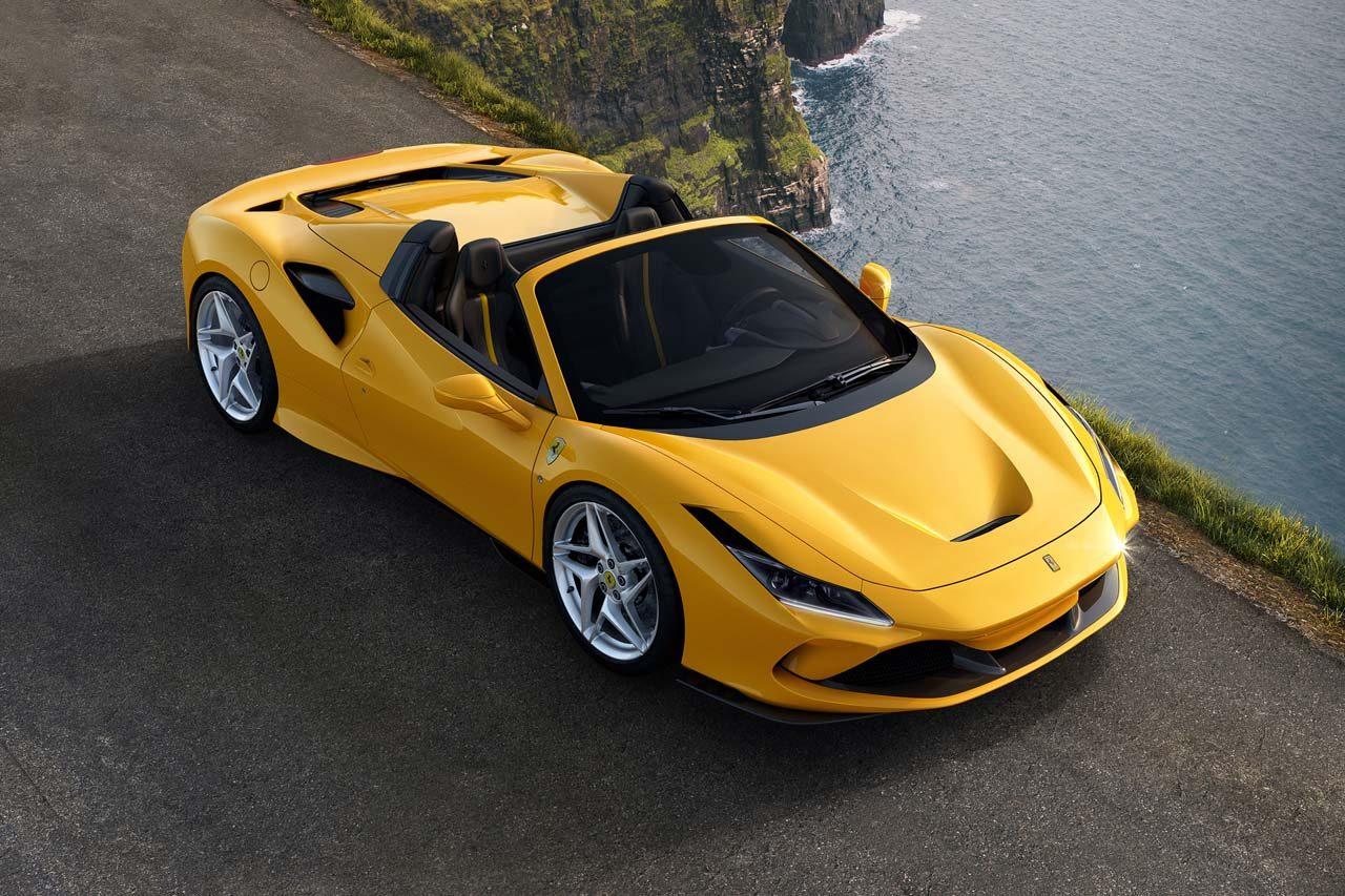フェラーリ、308GTSの流れを汲むV8スパイダーの最新作『F8スパイダー』を世界初