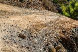 ラリー・トルコで使われる道には大きな石が転がる箇所も
