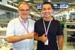 F1 | 【あなたは何しに?】日本の雑誌でも活躍中の敏腕F1ジャーナリストがエンジニアを志す息子をサポート