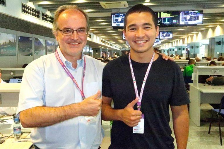 F1   【あなたは何しに?】日本の雑誌でも活躍中の敏腕F1ジャーナリストがエンジニアを志す息子をサポート