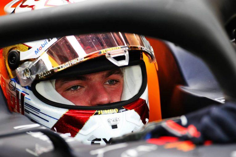 F1   F1シンガポールGP FP1:レッドブル・ホンダのフェルスタッペンがトップタイムの好発進。ルクレールはトラブルで下位に沈む