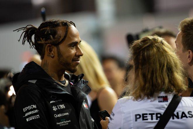 2019年F1第15戦シンガポールGP インタビューにこたえるルイス・ハミルトン(メルセデス)