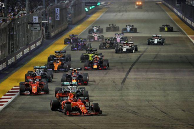 2019年F1第15戦シンガポールGP 決勝レーススタート