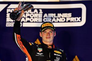 F1 | 2019年F1第15戦シンガポールGP 表彰台でのマックス・フェルスタッペン(レッドブル・ホンダ)