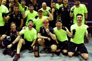 F1 | レッドブル代表「メルセデスの判断ミスによって生まれたチャンスを、マックスがしっかり表彰台につなげた」F1シンガポールGP