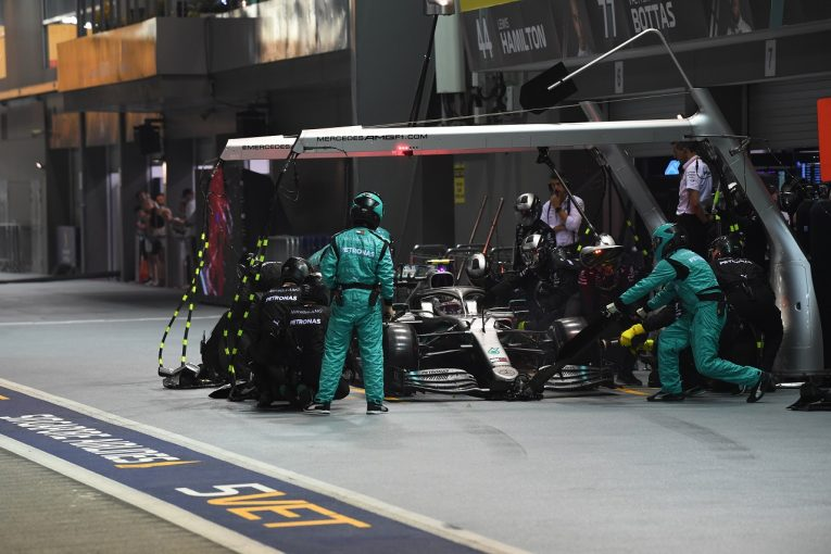 F1 | ボッタス、ハミルトンをアンダーカットせず「僕らのチームにはルールがある」:メルセデス F1シンガポールGP
