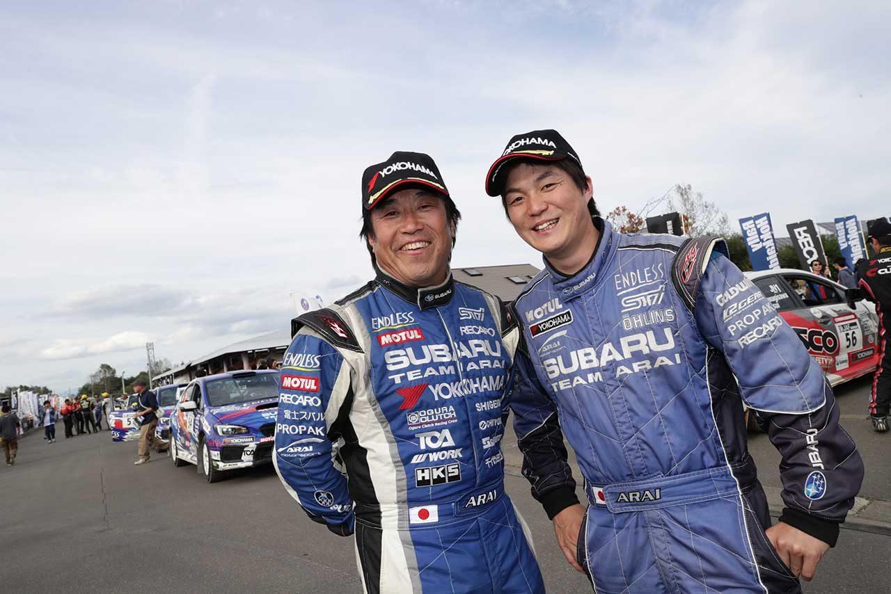 新井敏弘(左)と新井大輝(右)