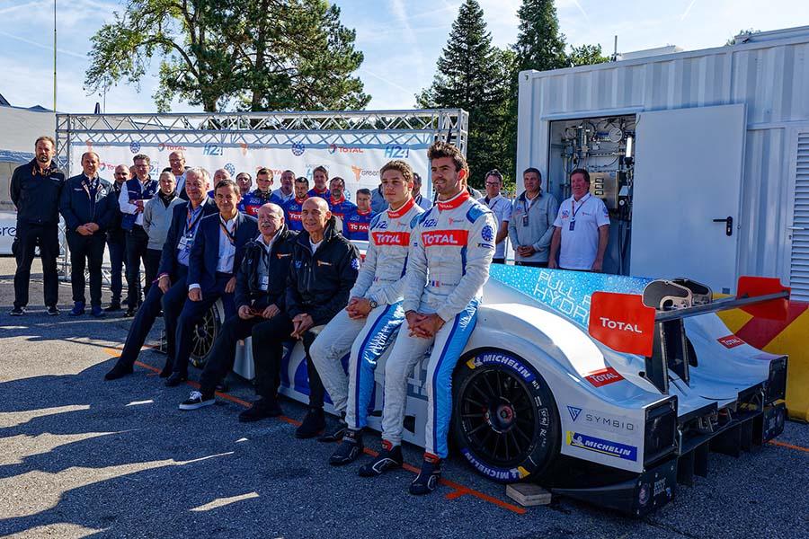 燃料電池ル・マンカーが公式セッションデビュー。移動式補給機での水素充填も無事完了