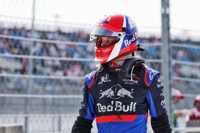 2019年F1第16戦ロシアGP FP1でマシンがストップしてしまったダニール・クビアト