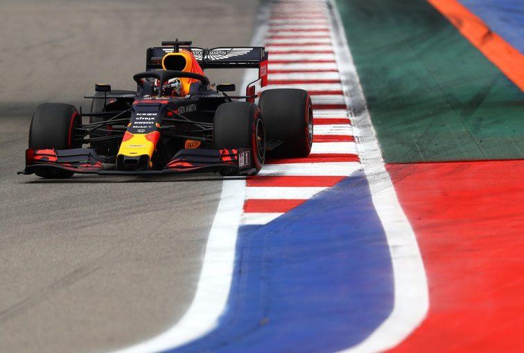 F1 | ホンダPU勢4台が新品スペック4を搭載「トラブルなく初日を終えた。フェルスタッペン最速は明るい材料」と田辺TD:F1ロシアGP