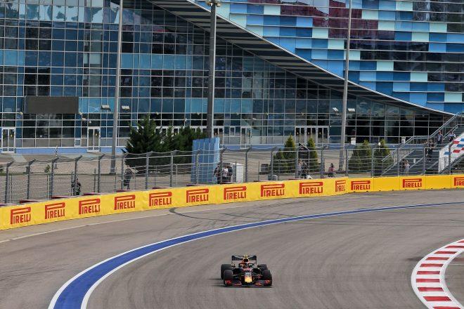 2019年F1第16戦ロシアGP金曜 アレクサンダー・アルボン(レッドブルRB15・ホンダ)