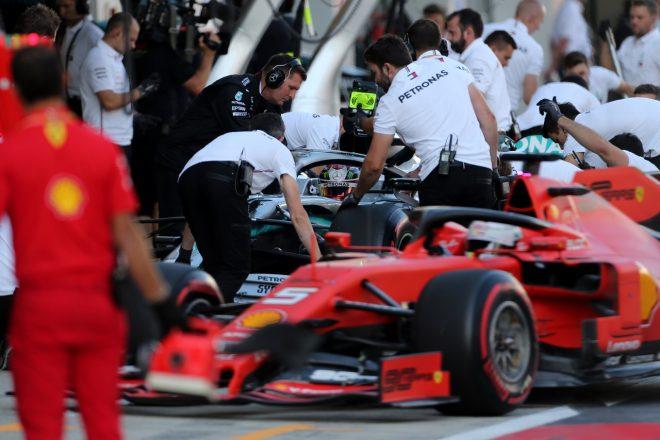 2019年F1第16戦ロシアGP土曜 ルイス・ハミルトン(メルセデス)とセバスチャン・ベッテル(フェラーリ)