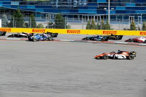 動画 | FIA-F2 ロシア レース2