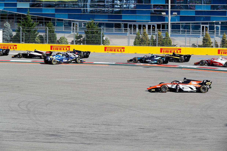 FIA-F2 ロシア レース2