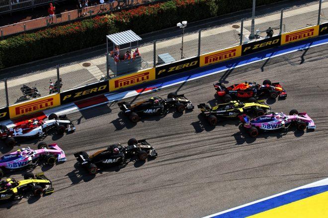2019年F1第16戦ロシアGP決勝スタート直後のマックス・フェルスタッペン(レッドブル・ホンダ)