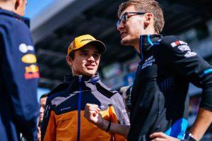 F1 | ラッセル「ピットストップの後に突然問題が発生しバリアに衝突してしまった」:ウイリアムズ F1ロシアGP日曜